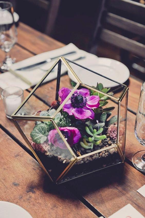 10c3a3835e A geometria dicsérete – üvegbe zárt esküvői asztaldísz-csodák ...